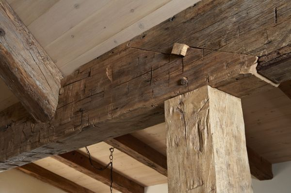 Living rooms with beams that will inspire for Structural beams for houses