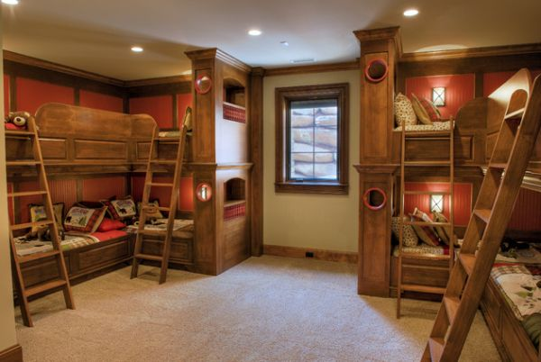 Attirant View In Gallery A Symmetrical Bedroom ...