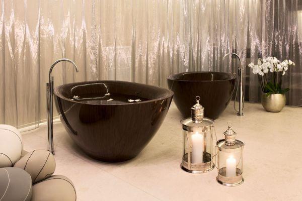 Elegant Chic Unconventional Wooden Bathtubs
