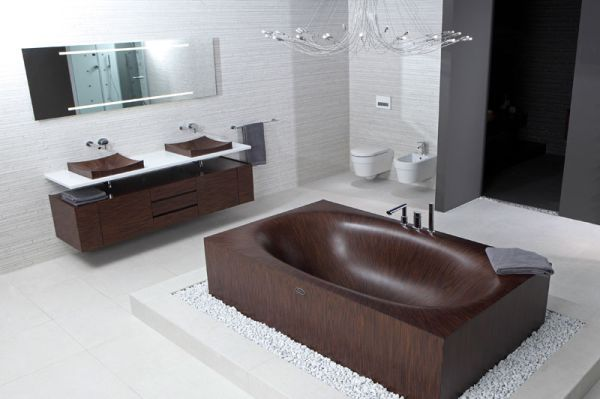 Elegant, chic, unconventional wooden bathtubs