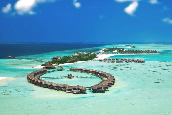 The Olhuveli Resort, Where Traditional Architecture Is Combined With Contemporary Comfort