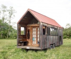 A Tiny Mobile Shelter With Rustic Charm – Only 200 sqft