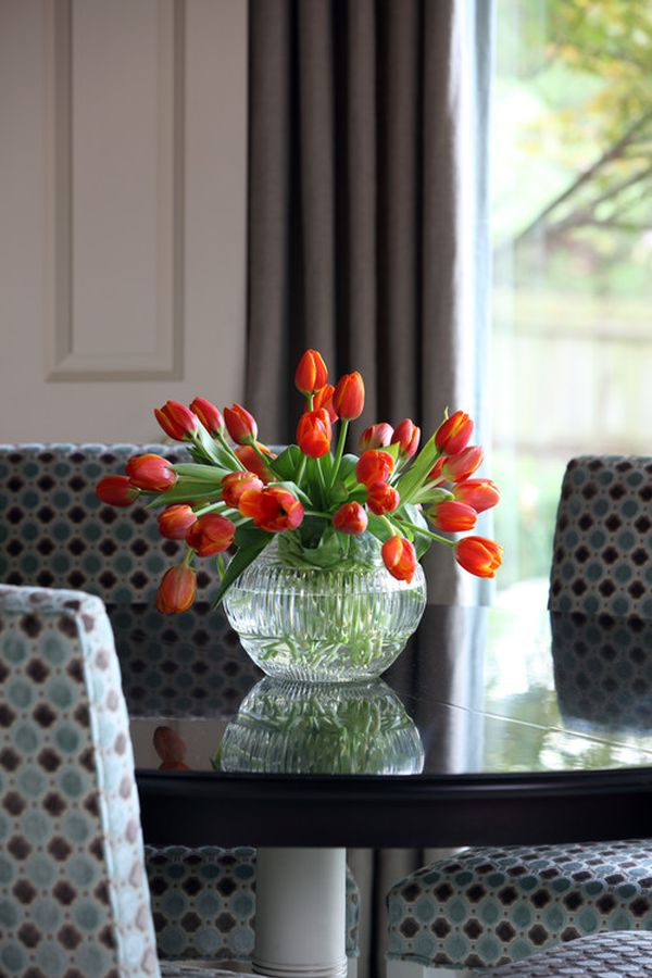 6 easy summer centerpieces part 2 for Contemporary table arrangements