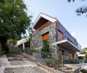 The Serafides House – traditional on the outside and contemporary on the inside