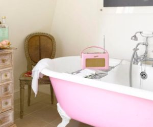 7 Unique Bath Tubs