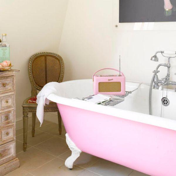 7 Unique Bath Tubs