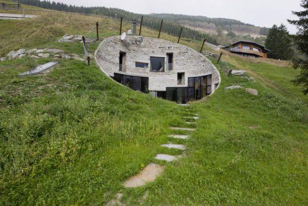 Unusual Borders For Adventurous Landscape Designs