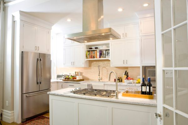 How a beautiful kitchen island hood can change the decor for White kitchen designs 2013