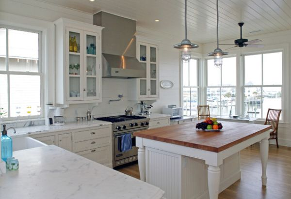 Add Character To Your Kitchen With Industrial Pendant Lights - Pendant lighting for white kitchen