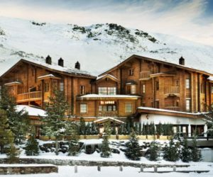 Stylish and cozy, the El Lodge Ski & Spa welcomes its guests to the slopes