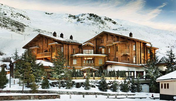 Stylish And Cozy The El Lodge Ski Amp Spa Welcomes Its