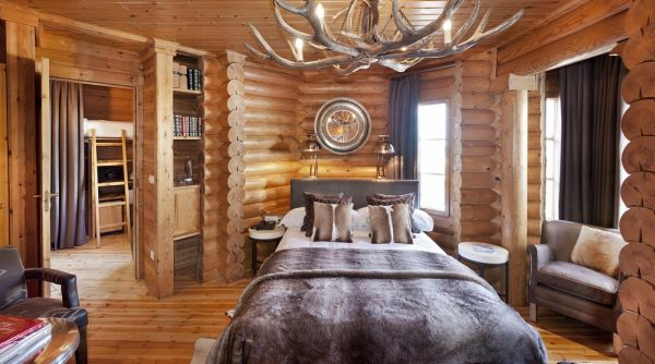 Stylish and cozy the el lodge ski spa welcomes its for Ski lodge decorating ideas