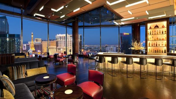10 of the most amazing hotels in las vegas for A signature hollywood salon