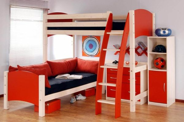 Decorating for Two: A Boys\' Bedroom