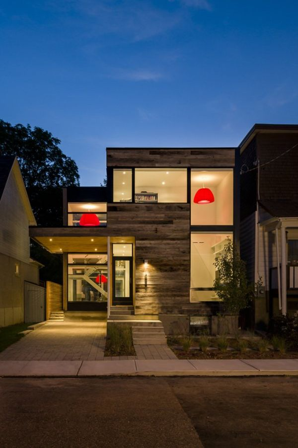 The Zen Barn – a contemporary residence in Ottawa