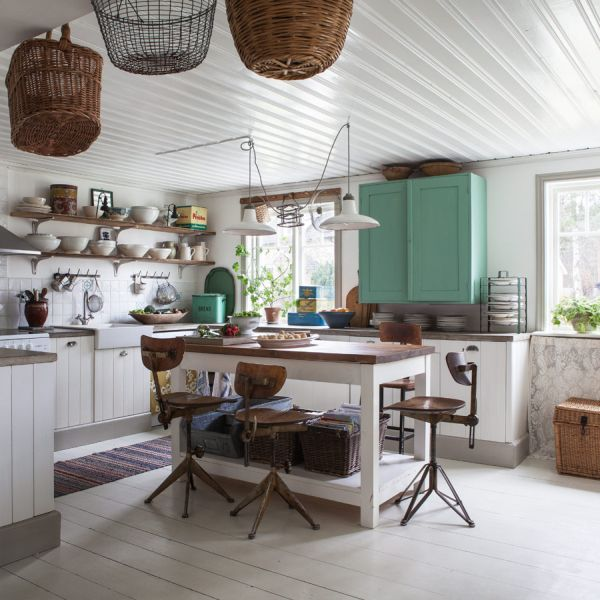Shabby chic country kitchen design for creative renovators - Meuble style shabby chic ...
