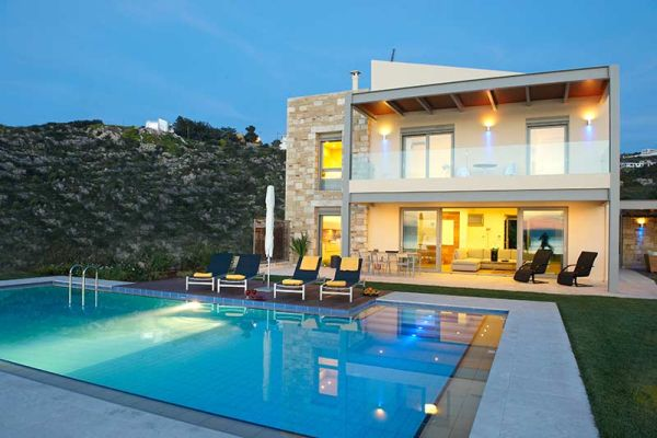 Luxury Villa Embracing The Stunning Greek Views