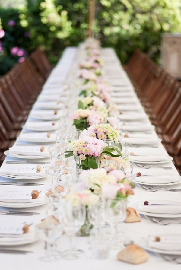 Top 35 summer wedding table d cor ideas to impress your guests for Floral table decorations for weddings