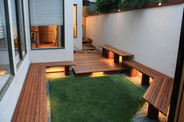 10 inspiring design ideas for tiny backyards for Decoracion de patios