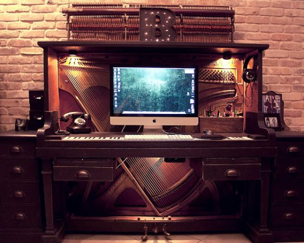 old-piano-office