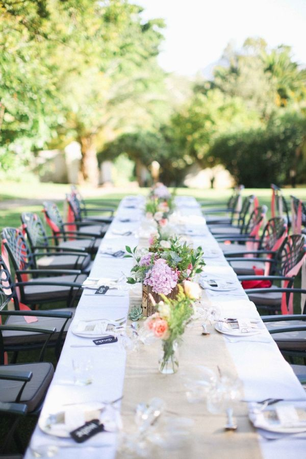 Top 35 summer wedding table d cor ideas to impress your guests for Patio table centerpiece ideas