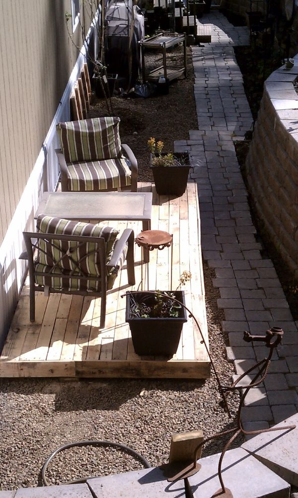 5 fantastic patio flooring ideas view in gallery the ultimate in upcycling this pallet floor patio is a diy solutioingenieria Image collections