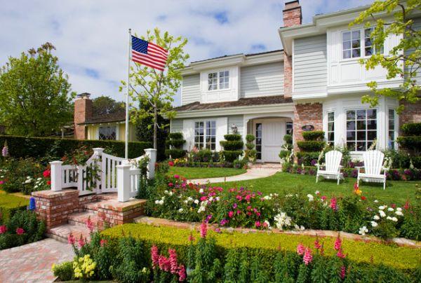 American Landscaping Idea
