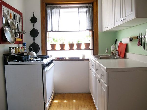 Awesome View In Gallery A Small Kitchen ...