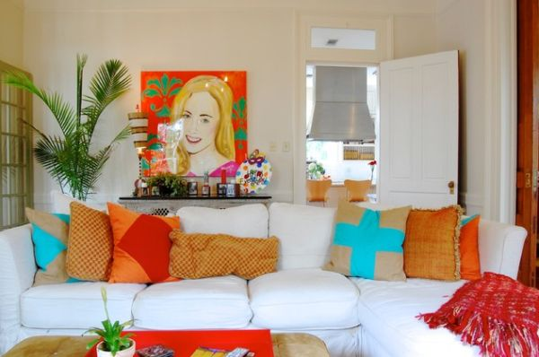 a simple and forever stylish combination: white sofa and colorful White Sofa with Pillows