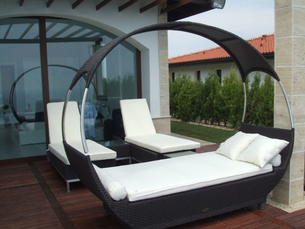 ... View in gallery ... & 37 Outdoor Beds That Offer Pleasure Comfort And Style