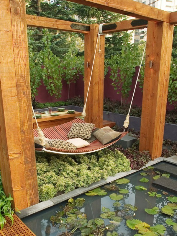 Outside Bed Part - 15: ... View In Gallery A More Unusual Type Of Outdoor Bed ...