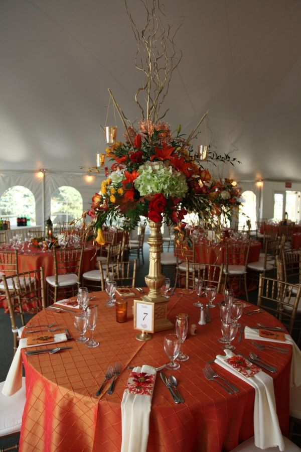 20 centerpiece ideas for fall weddings for Autumn wedding decoration
