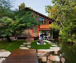 ... Contemporary Single Family Residence On Lake Austin