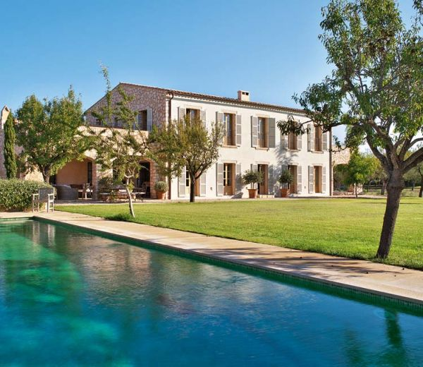 Rustic country house in mallorca featuring british influences - Encasa inmobiliaria mallorca ...