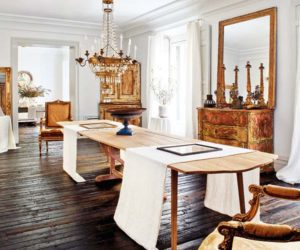 A Peaceful And Stylish Home With Beautiful Antique Features