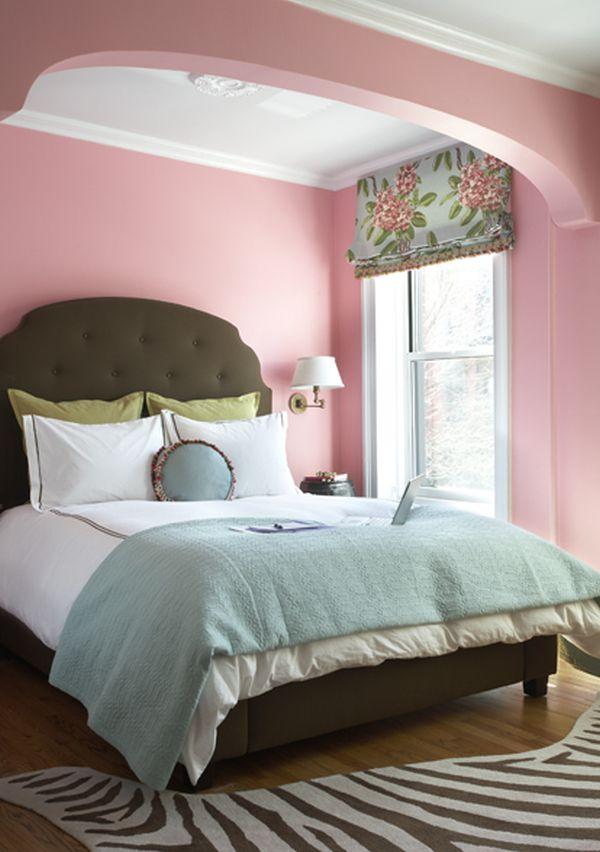 26 Dreamy Feminine Bedroom Interiors Full Of Romance And ...