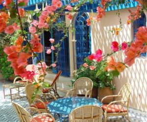 15 Romantic And Dreamy Patios Of Greece
