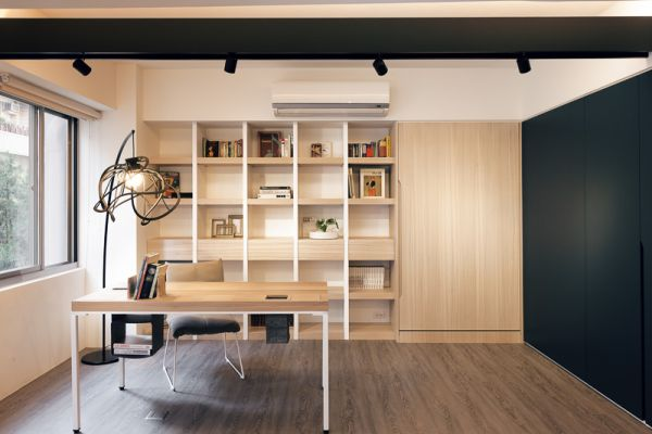 Small And Multifunctional Apartment That Even Has Room For A Pet