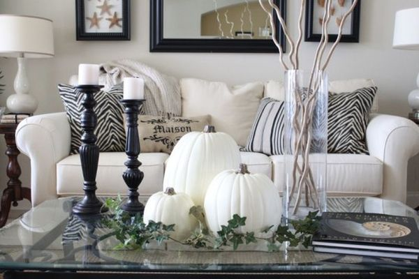 Welcome fall into your home with white decorations that for Welcome home decorations
