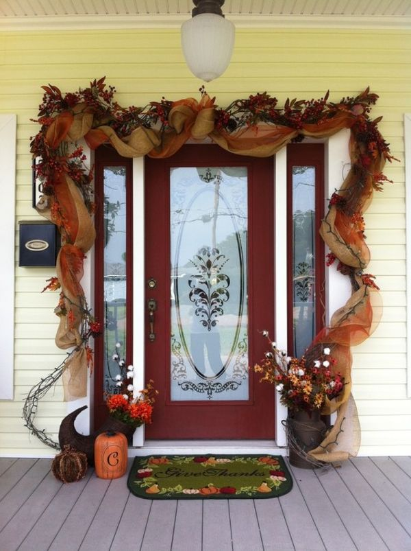 & Get Into The Seasonal Spirit - 15 Fall Front Door Décor Ideas
