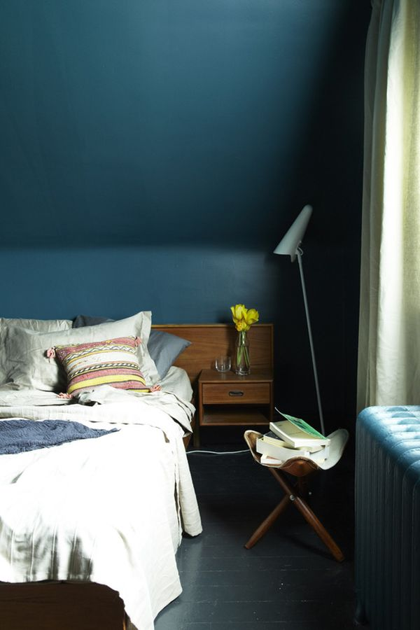 Beautiful Dark (and Surprisingly Soothing) Bedroom Walls