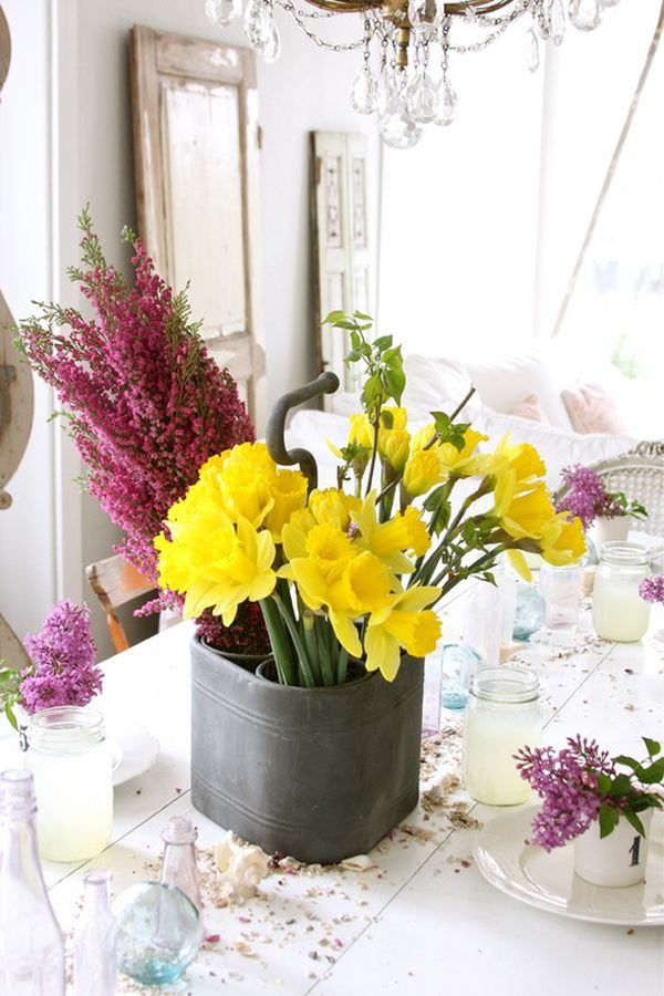 Fresh flowers for every room of the house in the dining room sisterspd