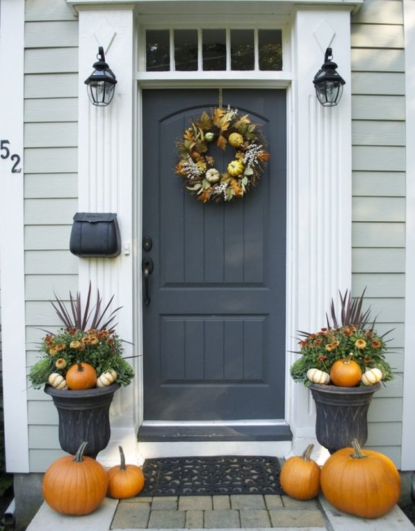 & Get Into The Seasonal Spirit - 15 Fall Front Door Décor Ideas