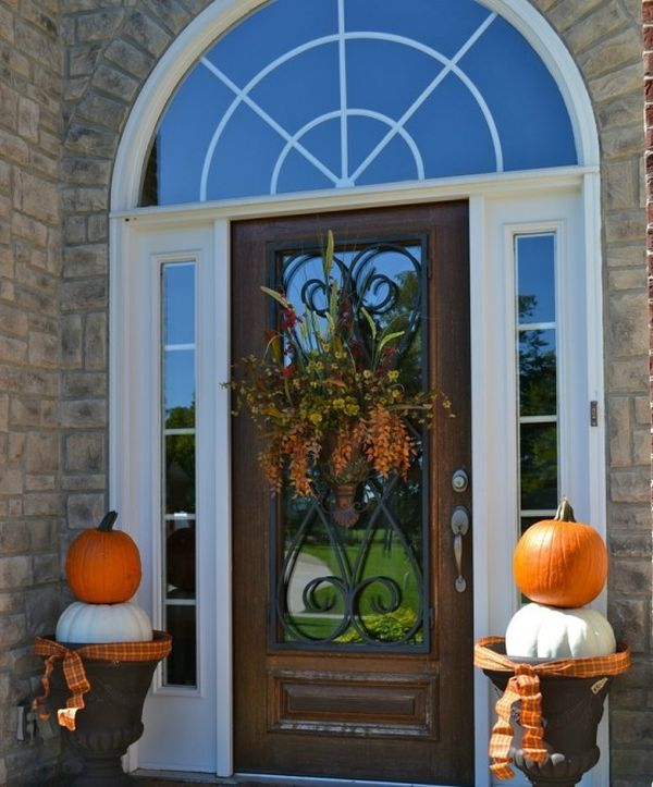 Fall Door Decor: 15 Fall Front Door Décor Ideas