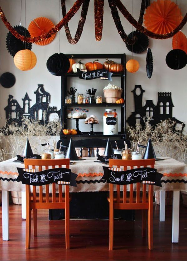 party themed d cor ideas for halloween. Black Bedroom Furniture Sets. Home Design Ideas