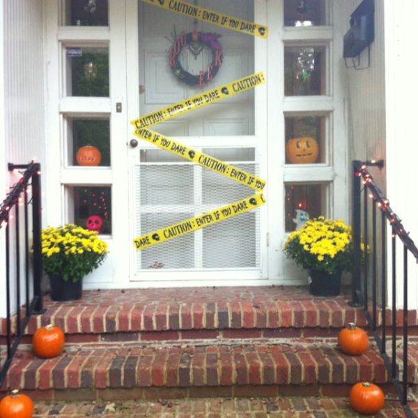 home decorating trends homedit - Cute Halloween Door Decorating Ideas