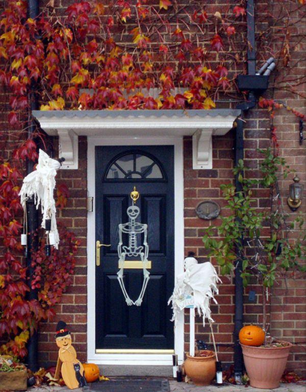 & The Best 35 Front Door Decors For This Year\u0027s Halloween