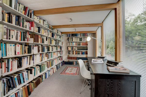 Modular library studio with a flexible design and a prefab for Modern library building design