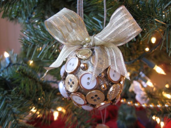 Old Time Christmas Tree Decorations