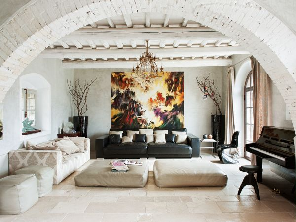 Return To The Origins Charming Country House In Tuscany With An Eclectic Interior
